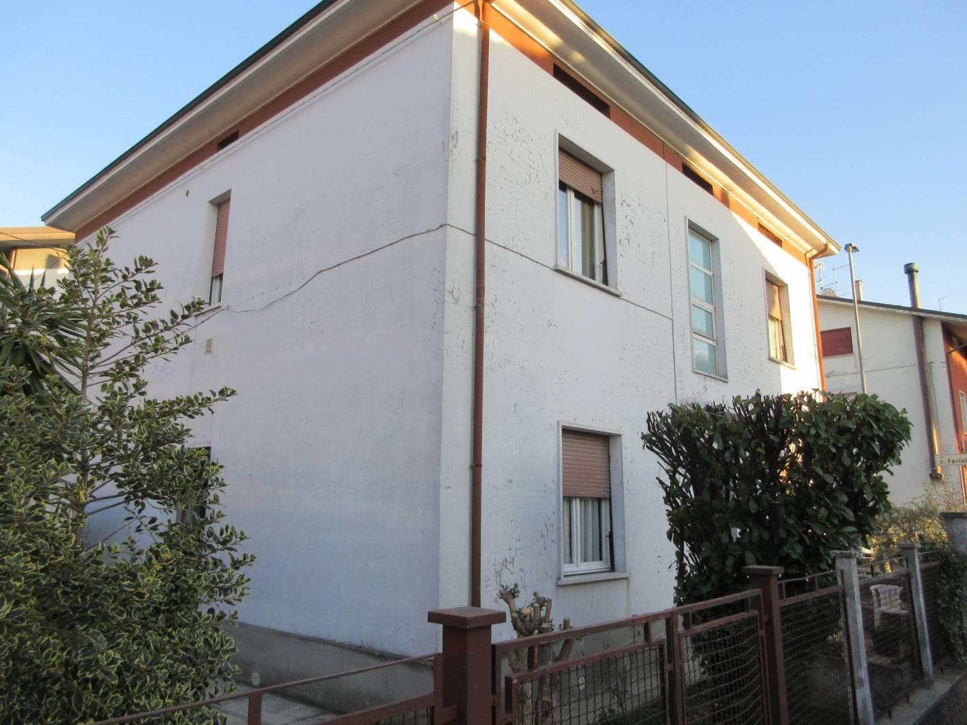 Villa bifamiliare via Lorenzo Valerio 36, Pesaro