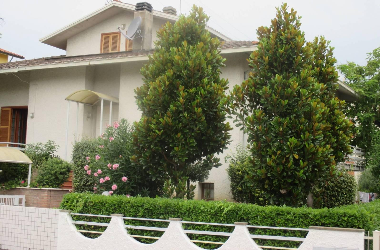 Villa unifamiliare, buono stato, 393 mq, Pesaro
