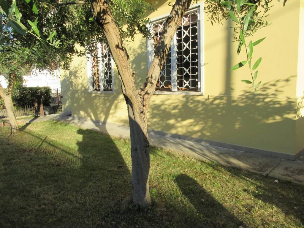 Villa bifamiliare via Pompilio Fastiggi, Pesaro