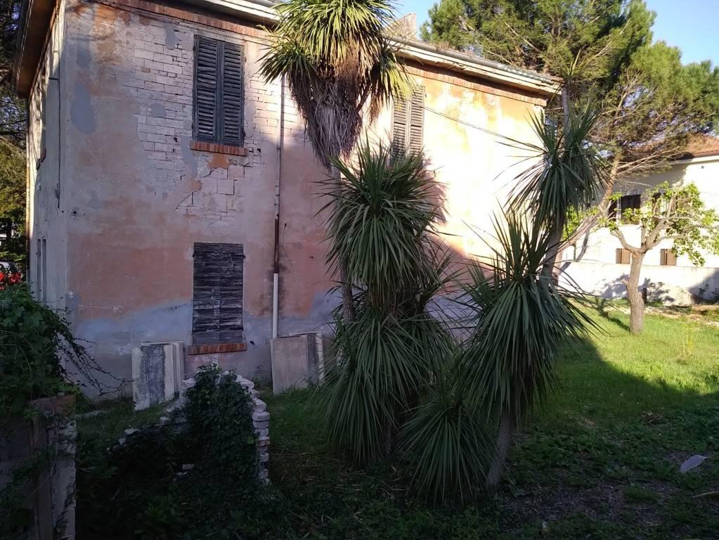 Terratetto unifamiliare via Cesare Lombroso, Pesaro