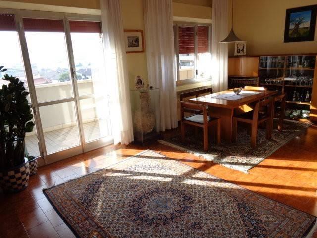 Appartamento via Federico Brandani, Pesaro