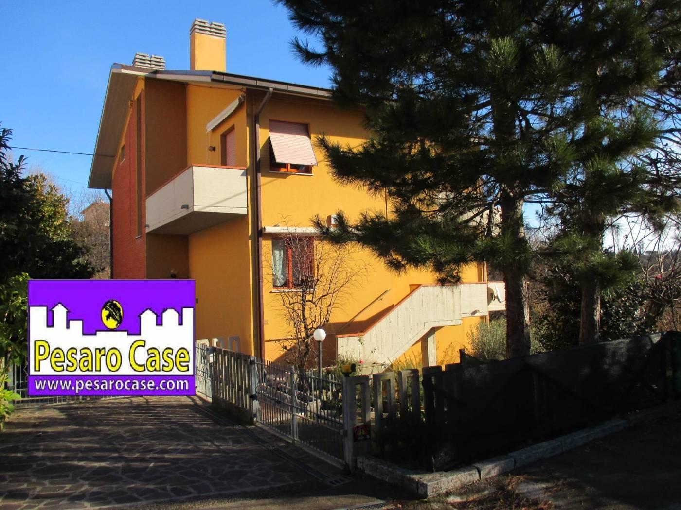 Villa bifamiliare, ottimo stato, 190 mq, Pesaro